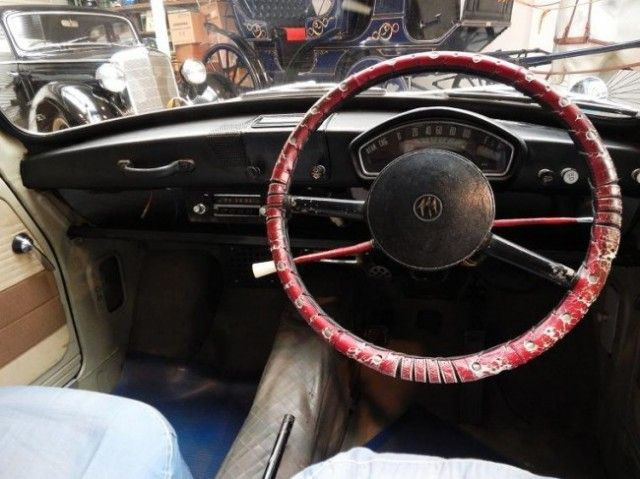 1966 Mitsubishi Minica Interior