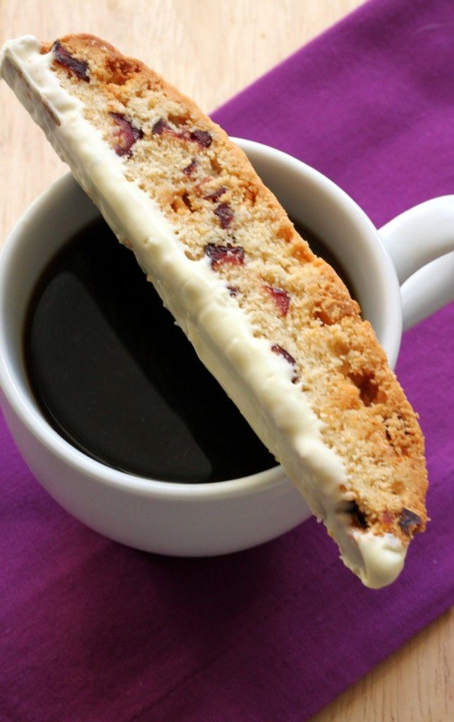 White Chocolate and Cranberry Biscotti: the perfect biscotti to dip into your hot coffee during the holidays.
