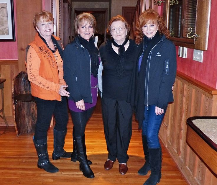 Reba Mcentire And Family 26 best images ...