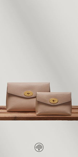 Shop our new selection of Darley Cosmetic Pouches on Mulberry.com. Keep your cosmetics tucked away with the Darley Cosmetic Pouch. Crafted from Mulberry's signature grained leather, it is finished with the iconic postman's lock. Lined with a foil-embossed Mulberry signature interior, it is a compact travel size to carry make-up essentials.