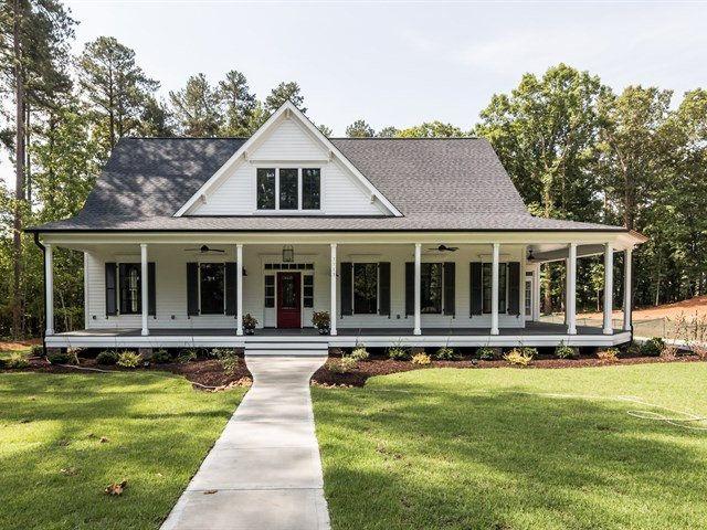 17 of 2017 39 s best farm house porch ideas on pinterest for Stonegate farmhouse plans