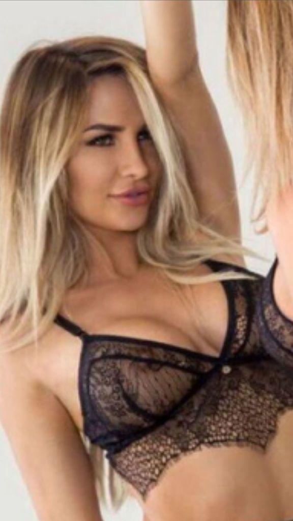 Nackt Rosanna Arkle  41 Sexiest