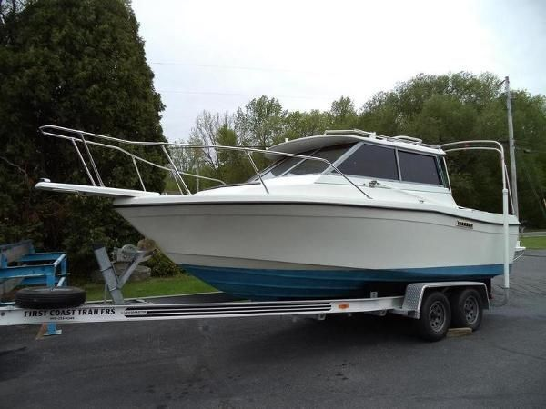 1988 Bayliner 2159 Trophy Green Bay Wisconsin Boats Com Power Boats Bayliner Boats Bayliner Boats For Sale