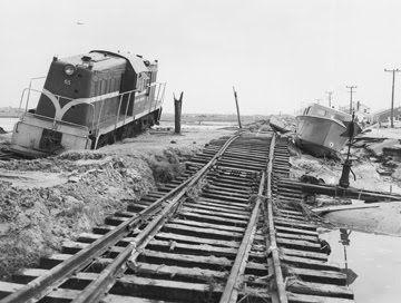 JK Dennis: Hurricane Hazel (1954) - Morehead/Beaufort  causeway - North Carolina