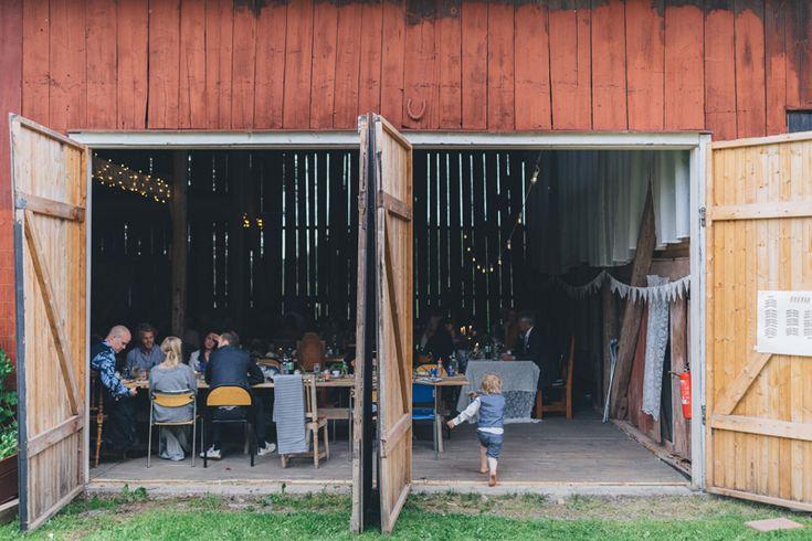 Van-life wedding with intimate barn reception   Matilda ...