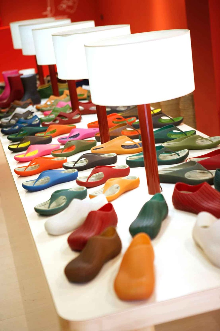 121 Best Retail VM Footware Images On Pinterest Glass