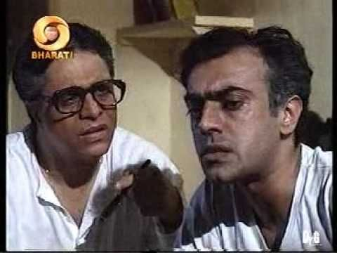 Byomkesh Bakshi was introduced to a national audience in 1993 through the Doordarshan serial of the same name, directed by Basu Chatterjee. See the Teaser at http://www.myhub.co.in/our-favourite-serial-byomkesh-bakshi-now-on-silver-screen/