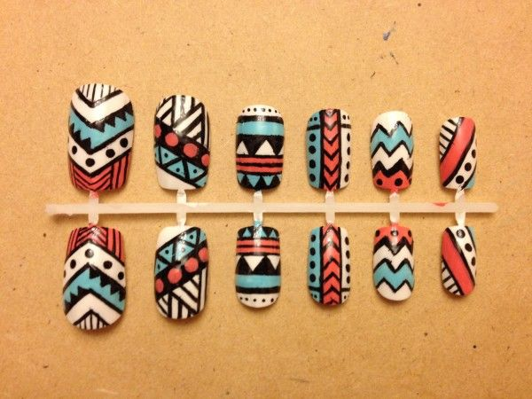 Retro Tribal Nail Art Designs And Patterns In African Tribal Style With Cool Colors Combination - African Nail Art