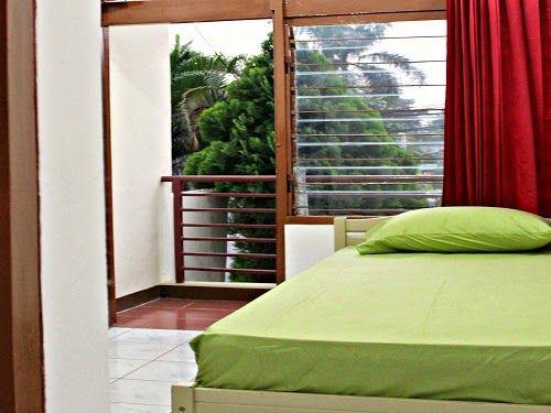 Hotel murah di Bandung tipe bintang 1 yang tarifnya di bawah Rp200.000,-. Sangat cocok sebgai tempat menginap Anda.