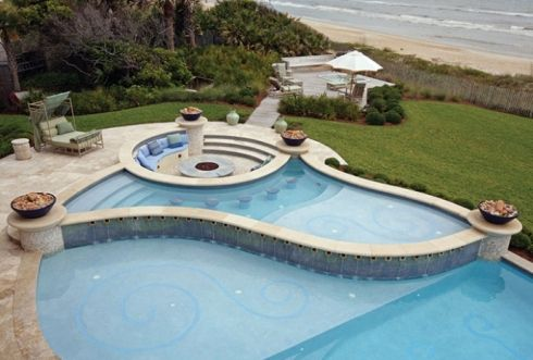 www.PBJC.com This elegant splash pool is perfect for relaxation and entertaining! And it's just one of our Top 6 Pool Designs... See beach entries, infinity pools, lap pools and more >> http://www.poolspaoutdoor.com/blog/entryid/140/top-6-swimming-pool-design-features-infinity-pool-beach-entry-lap-pool.aspx    Designed by Krent Wieland Design; photographed by Ben Brewer for Pools by John Clarkson