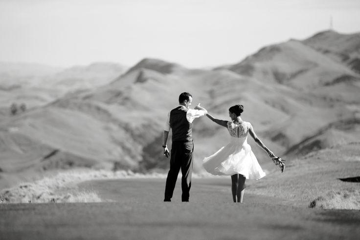 Te Mata peak wedding photography in Hawke's Bay by Eva Bradley