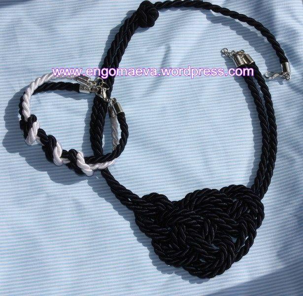 Conjunto de collar y pulsera con nudos marineros. _Necklace and bracelet set with Sailor Knots_.