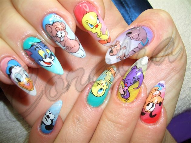 Cartoon Network - Love the art work, but don't like the pointy nails...