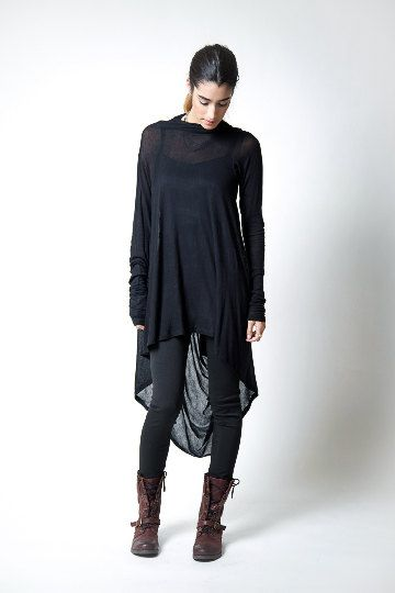 Black Tunic / Loose Fitting Top / Assymetrical door marcellamoda