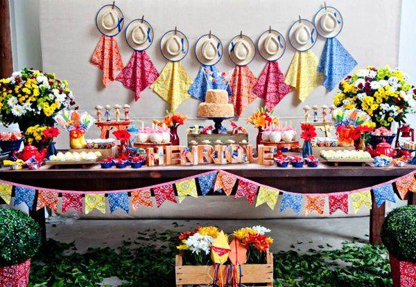 Festa junina infantil: ideias para um aniversário com decoração caipira para crianças