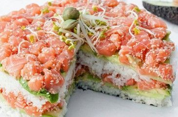 Салат Суши - рецепты с фото. Как приготовить слоеный салат Суши с красной рыбой или крабовыми палочками
