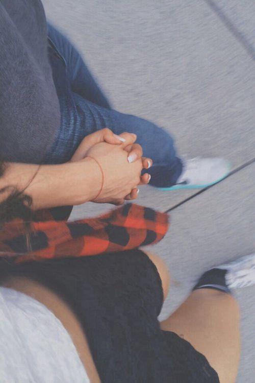 Valentine đầu tiên em nhớ một người chưa bao giờ là của mình...