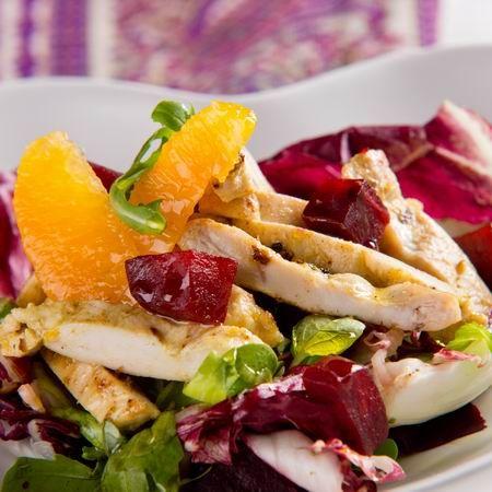 Mustáros csirkemellcsíkok narancsos céklasalátán Recept képekkel -   Mindmegette.hu - Receptek