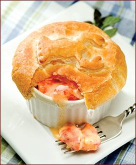 Lobster Pot Pie .....SOOOOO yummmmmmyyyyy.  http://www.epicurious.com/recipes/food/views/Lobster-Pot-Pie-243013