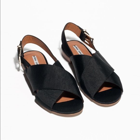 Cotton ribbed sandal Fabric flats from & other stories, way too small for me but super cute shoes! & other stories Shoes Flats & Loafers