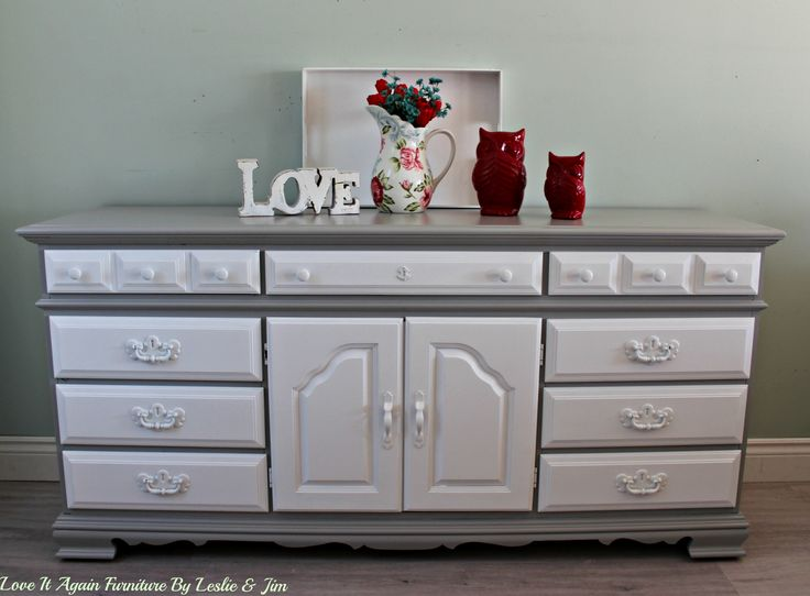 """SNOW"" 9 drawer   dresser"