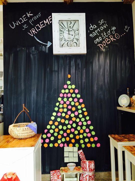 Creative Christmas tree, full of Christmas wishes.