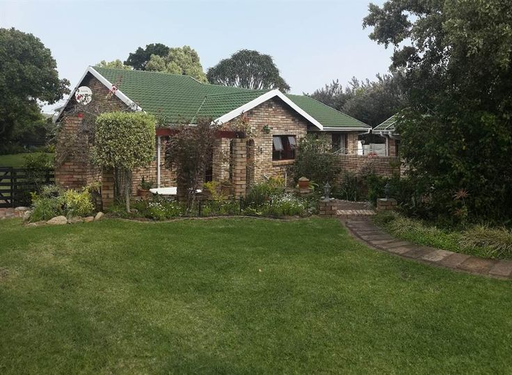 Explore this property 3 Bedroom House in Kleinemonde