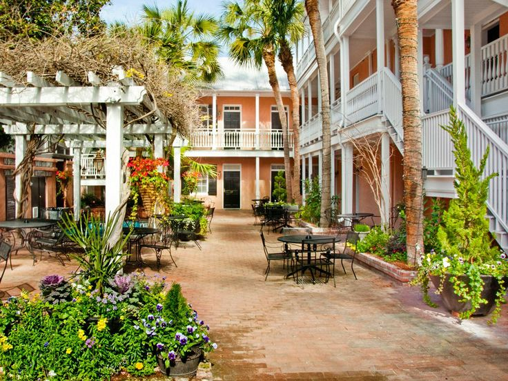 Rooms: Best 25+ Charleston Hotels Ideas On Pinterest