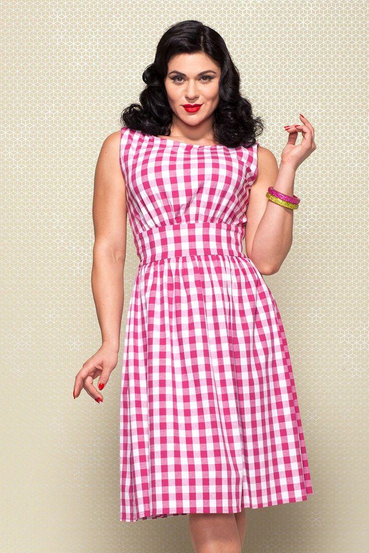 Sleeveless Dress in Pink Gingham