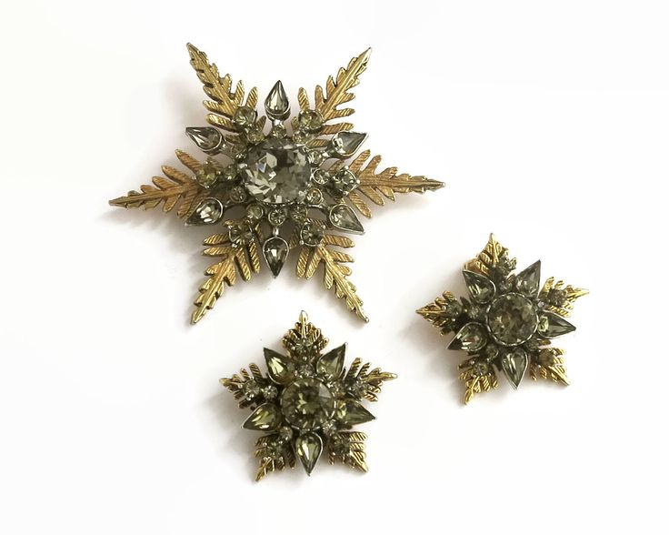 Vintage Arcansas rhinestone jewelry set, large brooch and earrings in snowflake pattern with smoky quartz colored rhinestones, 1950s / 60s by CardCurios on Etsy