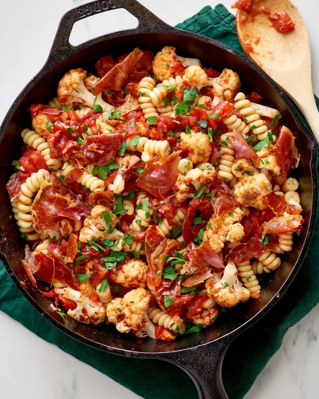 Pan-Roasted Cauliflower Pasta with Smoky Tomato Sauce