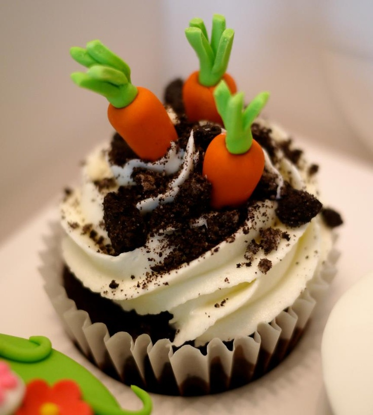 Carrot (cup)Cake