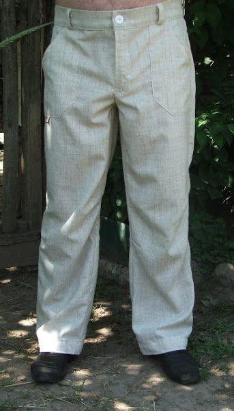 выкройка из Бурды 4\2010, очень понравилась, посадку не корректировала. Ткань - лен (не чистый).