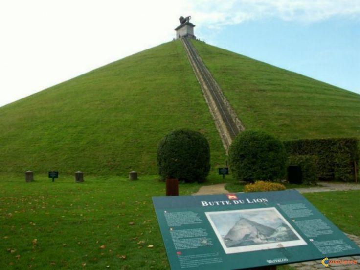 """Waterloo, near Brussels 1815 is the historical site where Napoleon lost the battle. Its famous """"Butte du Lion"""" and museum commemorates the Battle of Waterloo, Belgium"""