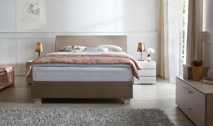 Bett HASENA BOX-SPRING-Bett FrameBox Ivio Ripo Box-Springbett Doppelbett - Alles in einem - inklusive Bettrahmen, Untergestell, Matratze und Topper
