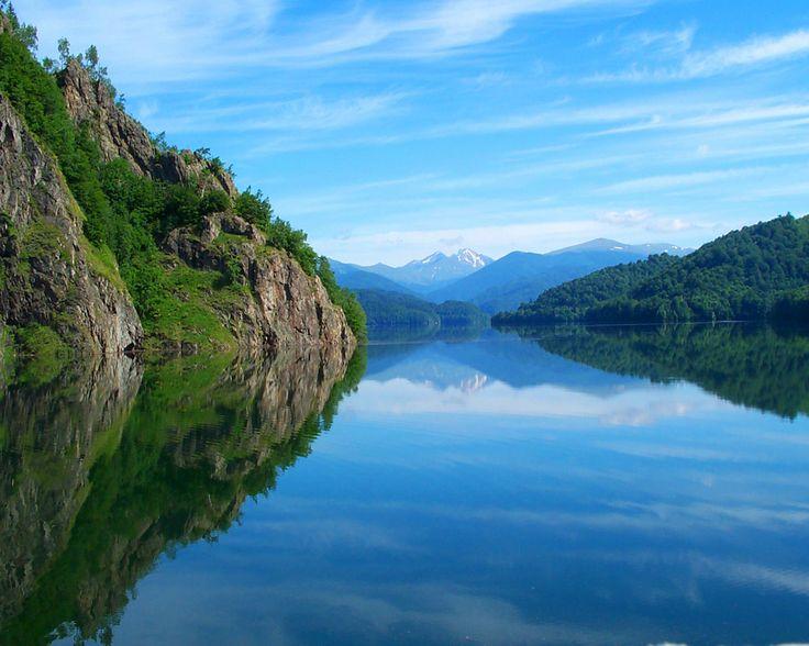 Lake Vidraru (Romania)