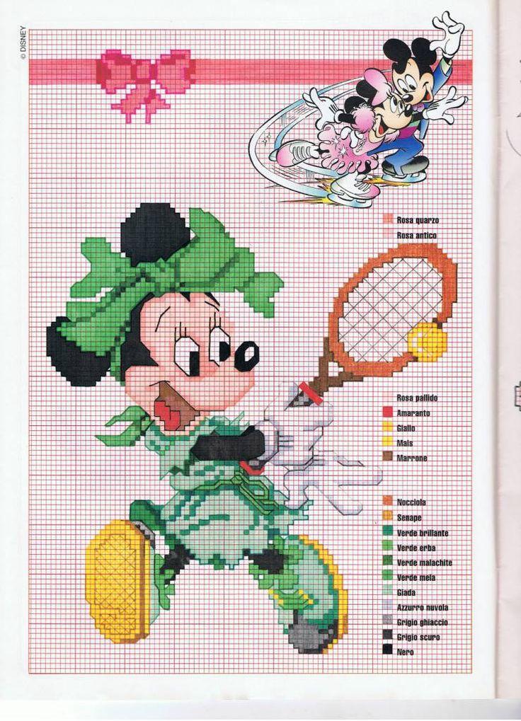 Disney Minnie tennista con vestito verde