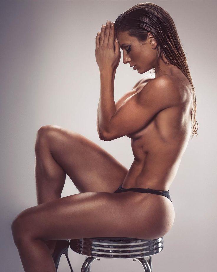 Was Paige Hathaway the finest Background Girl to grace @SoapyJohnson Twitter in 2015? Voting ends February 24, 2015 at 11:59 pm ET. Vote here -- http://placeitonluckydan.com/2016/01/vote-twitter-background-girl-2015/