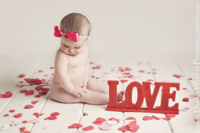 Valentines day baby photo love hearts bow diana whyte photography