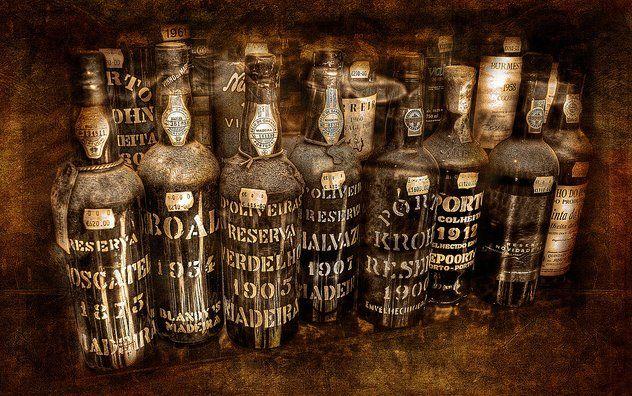 """Old Porto Wine"""