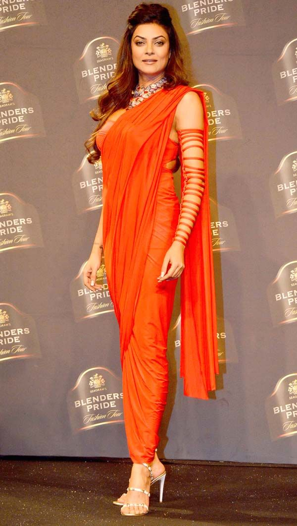 That confidence!! Sushmita Sen looked ravishing as the showstopper for Shivan & Narresh at Blenders Pride Fashion Tour 2014.