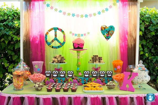 peace sign party,
