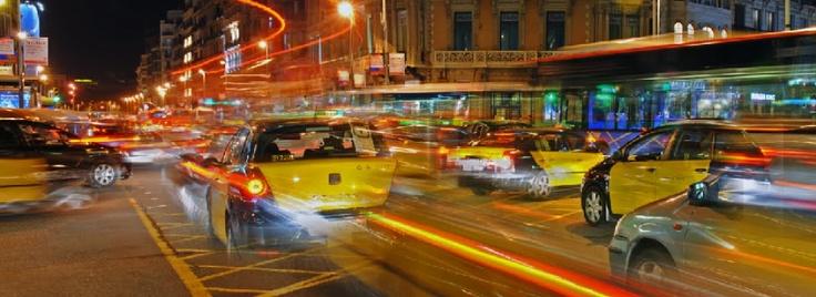 En Taxis Barcelona disponemos de automóviles  perfectamente equipados para cualquiera de sus necesidades y garantizamos su seguridad y su comodidad en todos sus desplazamientos. Llamenos al 685 162 649