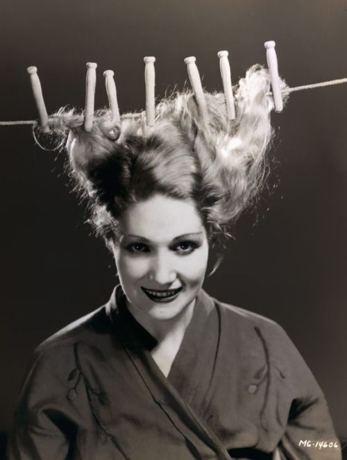 Edwina Booth, 1930s (hanging your hair out to dry)