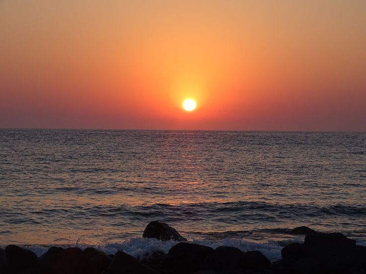 How to predict dramatic sunsets? Visit Patmos Island!