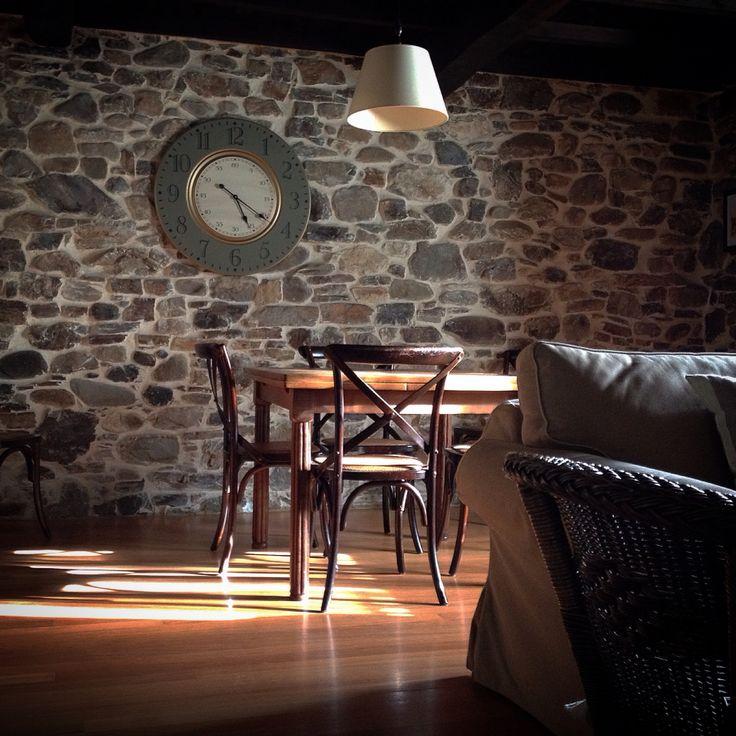 Desde este salón de Ca Lulón empezamos a disfrutar del pueblo de Yerbo. #asturias #CaLulón