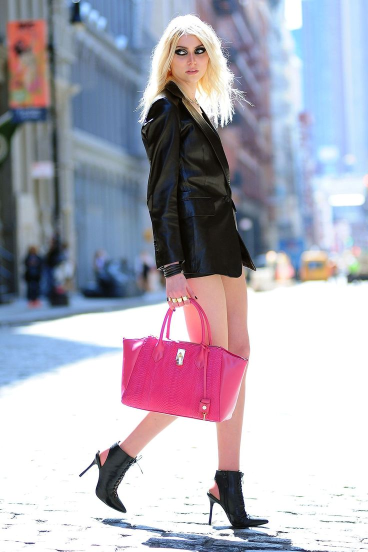 taylor Momsen Street Style | Taylor Momsen boyfriend - Settle down and have kids…