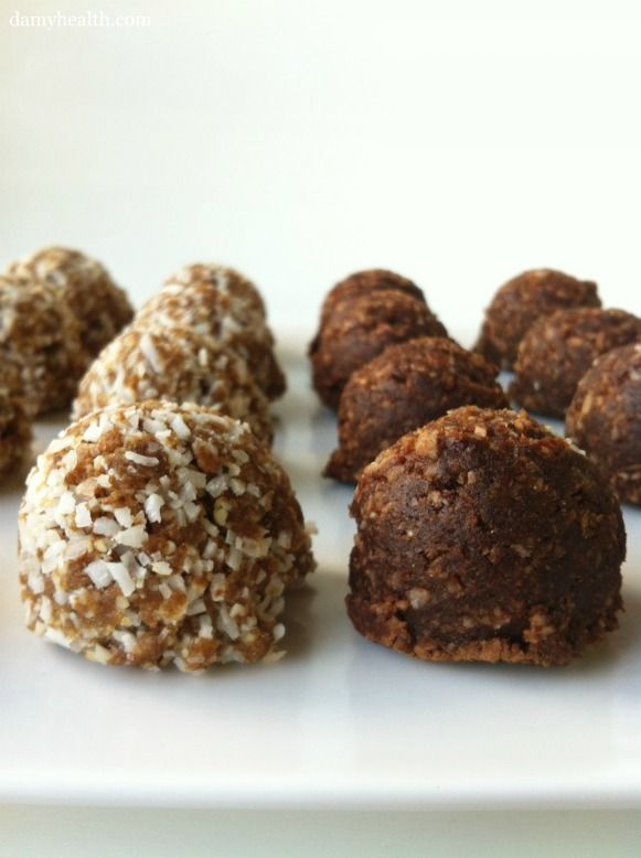 Try these maca chocolate energy balls for a quick superfood on those hikes I know you all are going on this summer. It is vegan and gluten-free as well!