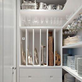 Chegou a hora de planejar os armários da cozinha e despensa.   Finalmente o sonho está se tornando realidade!   Vale a pena, antes de pro...
