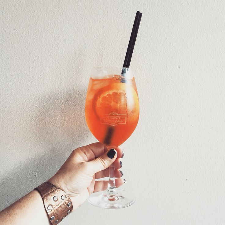 Aperitif (With images)   Alcoholic drinks, Alcohol, Town ...
